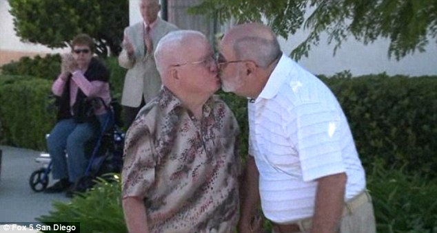 Old Man Arab Gay